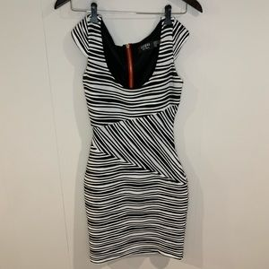 Guess Los Angeles Dress black/white striped size 0